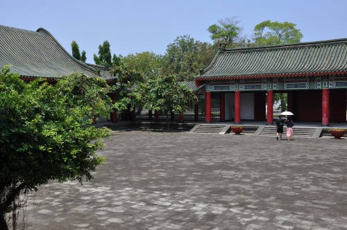 lotus pond, lotus lake, kaohsiung, taiwan, south, formosa, temple, templo, religious, cunfucius, cunfucius temple