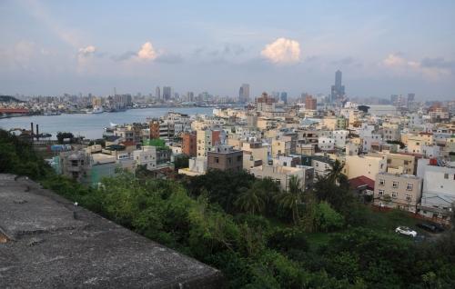 cijin island, ferry, barco, love pier, love river, kaohsiung, taiwan, formosa, rascacielos, skyscraper, skyline, sky tower 85