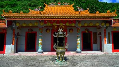 liyu lake temple hualien templo taiwan