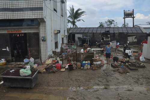 kenting, ken ting, floods, typhoon, tembin, taiwan, south, inundaciones